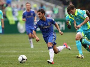 """L'attaquant belge Eden Hazard """"a des cannes"""" (""""court vite"""" dans le registre argotique)"""