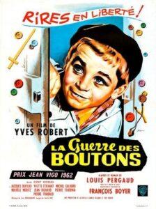 """L'affiche du film """"La guerre des boutons"""", réalisé en 1962 par Yves Robert, d'après le roman homonyme de Louis Pergaud, paru en 1912"""