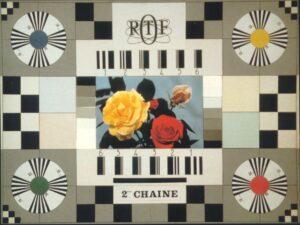 """La mire """"Bouquet de roses"""" de la deuxième chaîne de l'ORTF (Office de Radiodiffusion-Télévision Française), après son passage à la couleur, en 1967"""