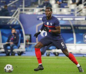 Le joueur de football international français Paul Pogba, sous le maillot de l'équipe de France