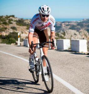 """Un """"routier"""" ou coureur cycliste sur route"""