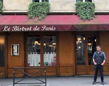 "Un bistrot parisien (ou ""bistro"")"