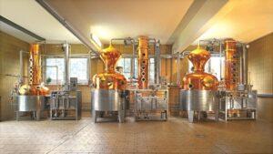 """Une distillerie d'eau-de-vie ou """"brûlerie"""""""