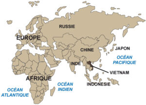 Localisation du Vietnam, à l'Est de la péninsule indochinoise