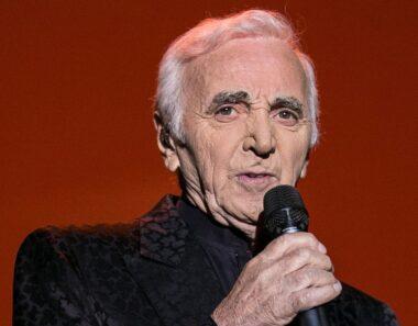 Le chanteur français Charles Aznavour