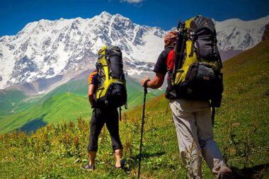 Des adeptes de la randonnée d'aventure